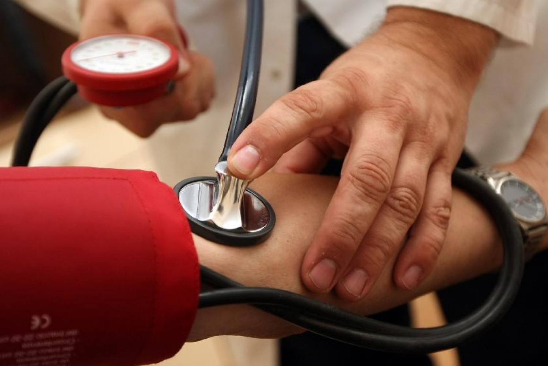 صور اسباب انخفاض ضغط الدم , علاج انخفاض الدم