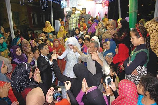 بالصور افراح الصعيد , مظاهر الاحتفال بفرح فى الصعيد 3052 10
