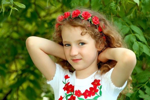 بالصور اطفال بنات حلوين , خلفيات اطفال بنات جميلة 1495 6