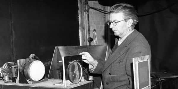 صورة من اخترع التلفاز , من هو مبتكر التلفيزيون