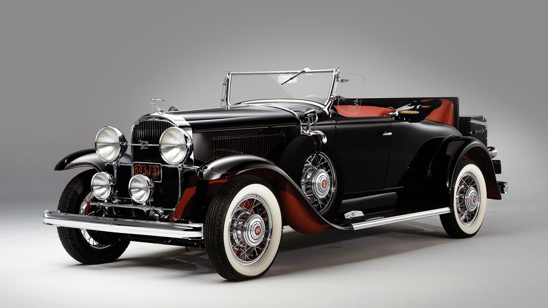 صورة سيارات قديمة , كلاسيكية السيارات في الزمن الماضي