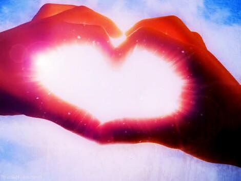 بالصور صور قلوب حب , رمزيات معبرة عن الحب 4887 2