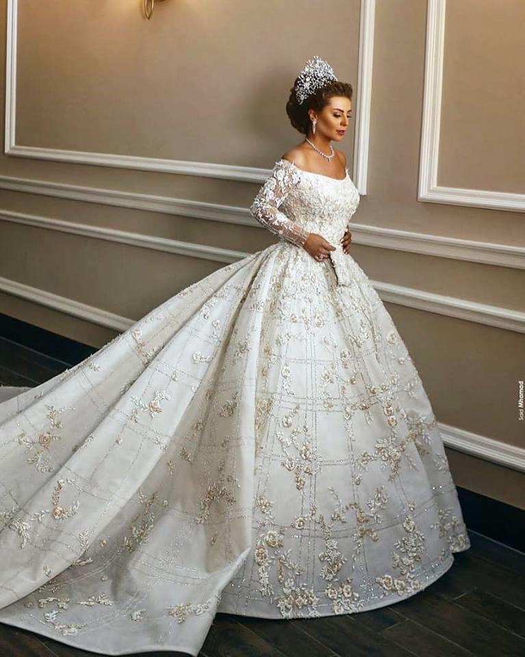 بالصور صور عروسة , اجمل طلات لعرائس في حفل زفافهن 5111 12