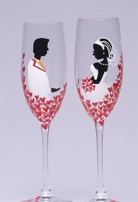 صور طريقة تزيين كاسات العروس بالصور , تزيين الكاسات برسمه يدوية