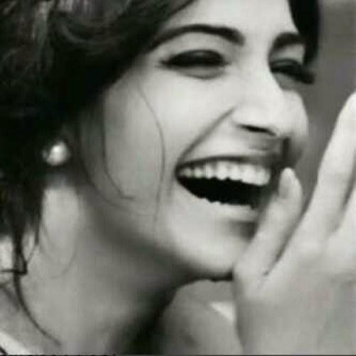 صورة صور بنت تضحك , رمزيات فتيات ضاحكات